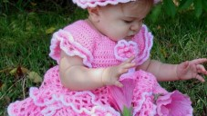 Örgü Bebek Elbise Modelleri