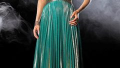 Yazlık Bayan Pileli Elbise Modelleri